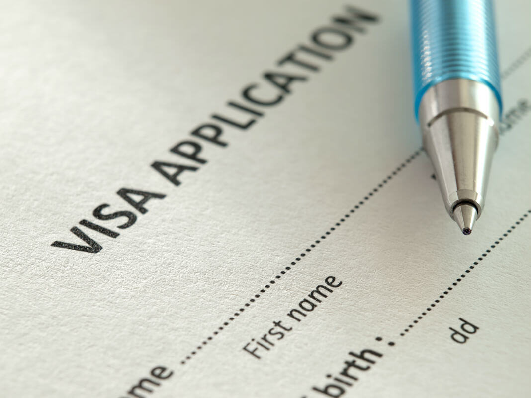 Gọi 1900 6859 để được tư vấn về visa du học Mỹ