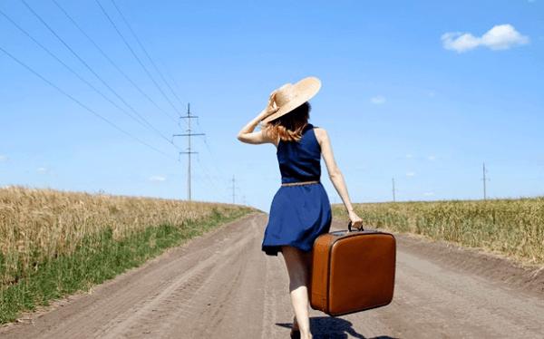 """""""Điểm danh"""" những vật dụng không thể thiếu trong hành lý du lịch"""