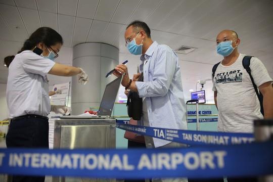 Thủ tục gia hạn Visa Việt Nam lần đầu cho người nước ngoài